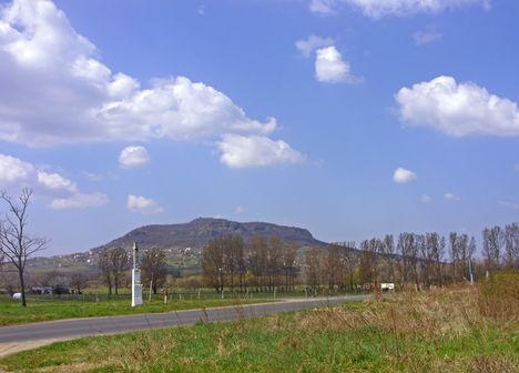 Túránk egyik célpontja, a Szent György-hegy