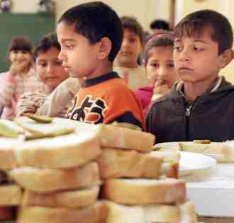 Éhező gyerekek Magyarországon,