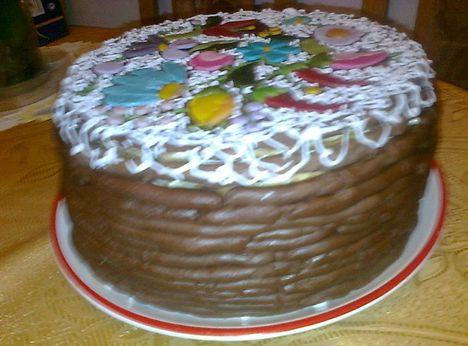 Kalocsai hímzett, riselines torta
