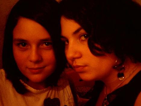 Két legkisebb lányom Lidi és Kitti