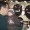 apáról fiúra száll a maszkkészítés