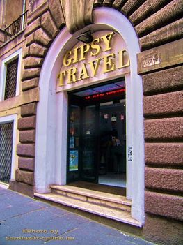 Róma Via Cavour Gipsy travel