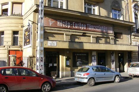 Közép-Európa Táncszínház