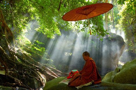 buddhista meditáció kép
