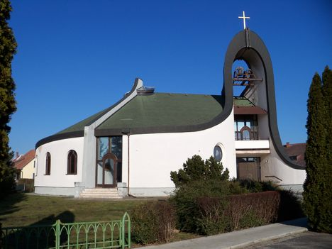 Sarlós Boldogasszony templom /Kertváros-Házhely/