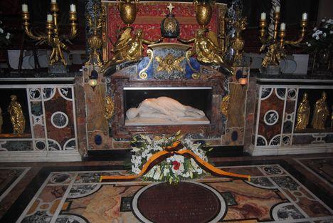 tomb_of_st__cecilia