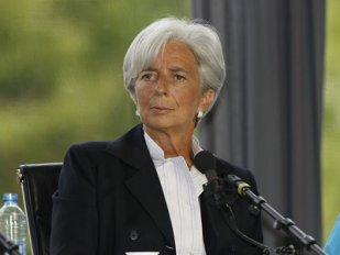 Christine Lagarde rosszalló pillantása