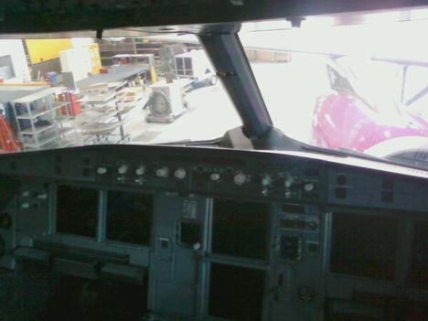 Lufthansa Technik gépjavítás 6