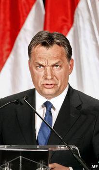 Orbán szuggerál