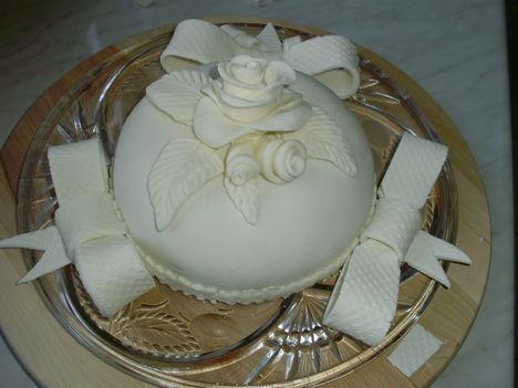 Fehér torta