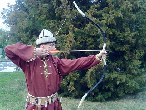tradicionális íjak és vesszők- klubképek 1