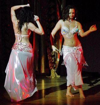Fatime Hastánciskola bemutatója Győr Richter Terem 2011.05.22