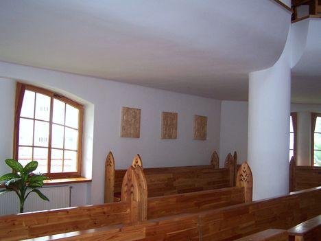 Erdély, Csíkszereda, Makovecz Imre temploma 8