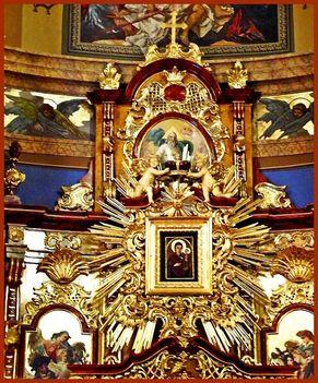 Máriapócs Kegykép a Szent Kereszt Kegyoltárnál