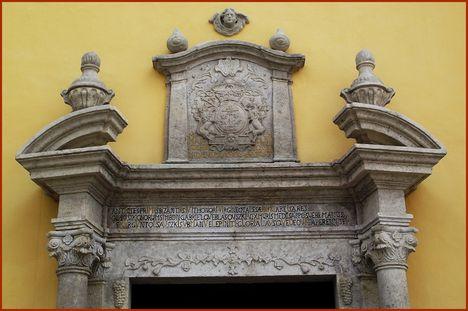Máriapócs Kegytemplom főbejárata