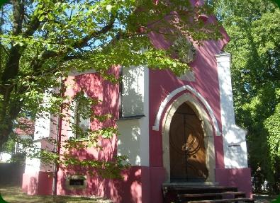 Balatonboglár Vörös kápolna 2