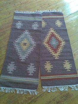 Két kis kilim szőnyeg, megrendelésre