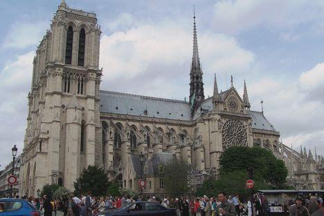 Párizs 8