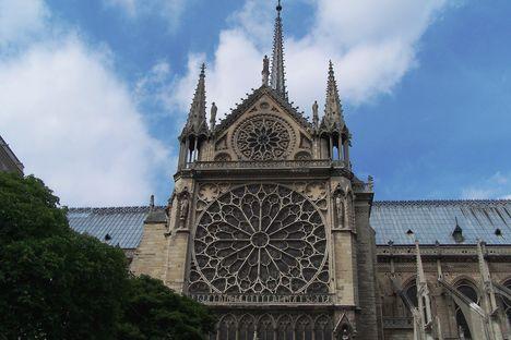 Párizs 9