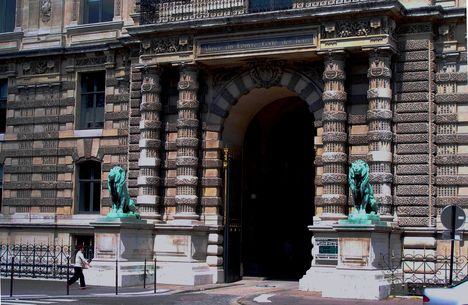 Párizs, Louvre 9