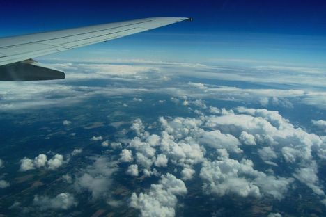 A felhők fölött 2