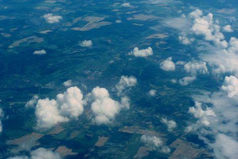 A felhők fölött 6