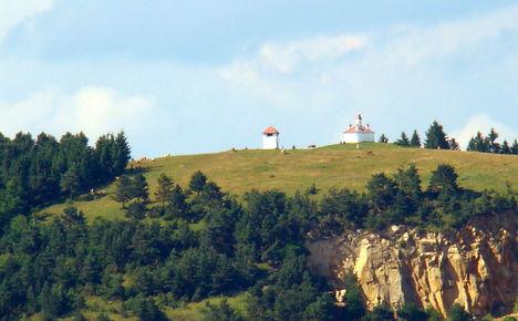 Perkő - Szent István korabeli kápolnával