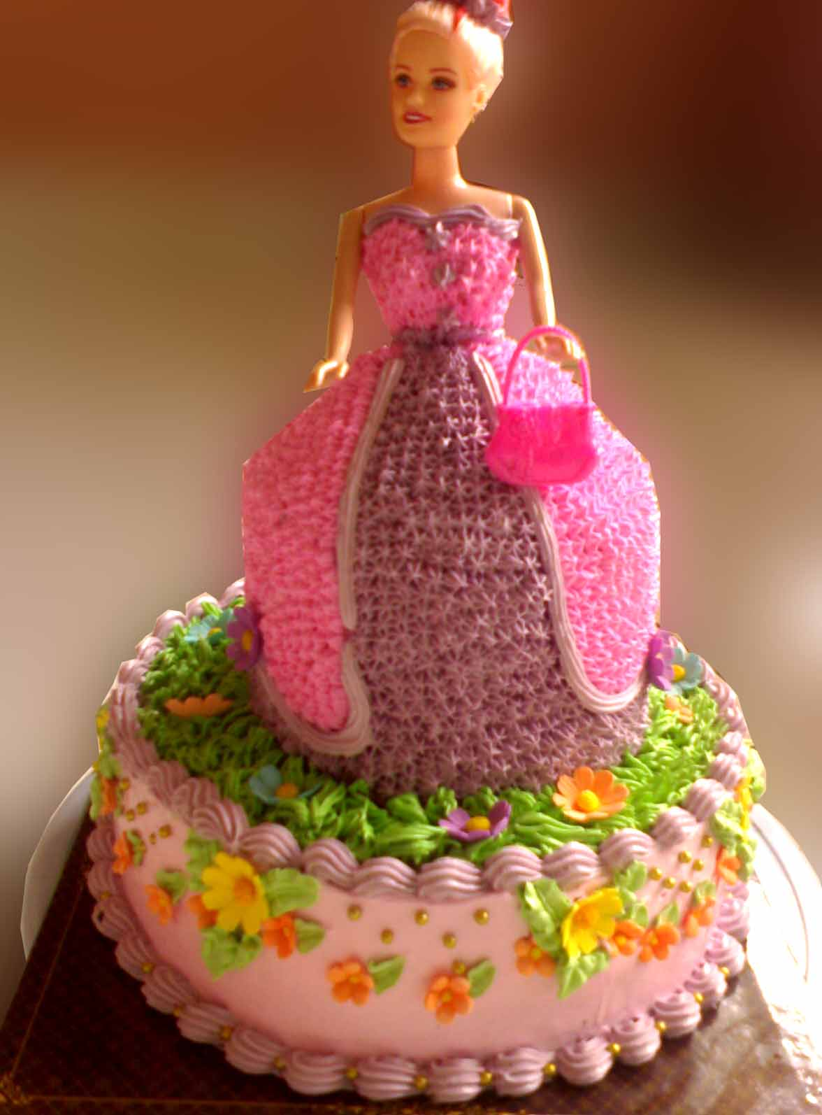 Cake Design Images Hd : Recept: Barbie torta - Ajandek, egyben torta (kep)
