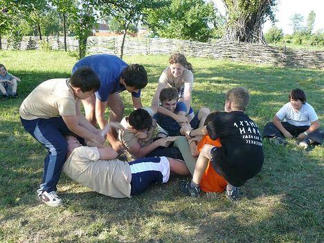 Baranta kűzdősport oktatása gyerektáborban 6