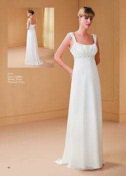 Rendelhető Amelie menyasszonyi ruha Nefelejcs esküvői ruhaszalon Vác 1