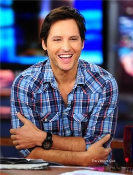 Peter Facinelli en Good Day LA (Junio 15, 2011)  15