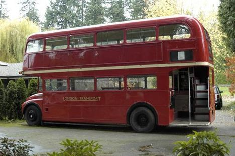 double-decker_bus_11