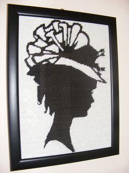 Nő kalapban-Árnykép...