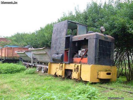 Öntésmajorban kiállított egykori gazdasági vasúti járművek