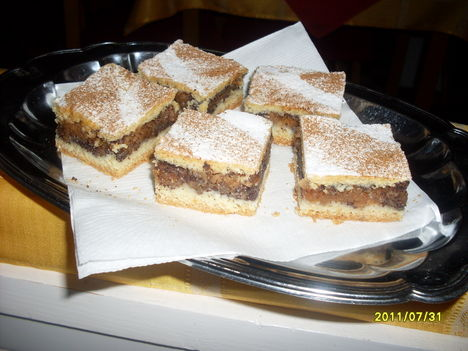 Almás-mákos pite