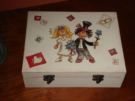 doboz esküvői ajándékok átadására