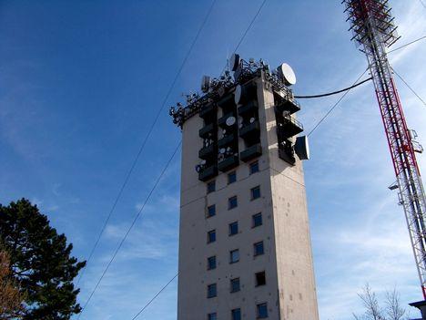 A Széchenyi-hegyi adotorony élt 1955-2011