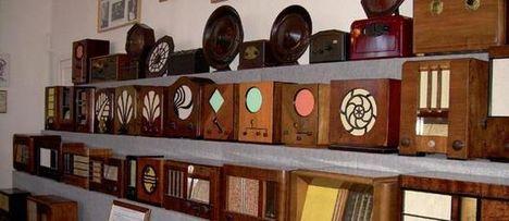 gazdag rádiókiállítás a gyulai rádiómúzeumban