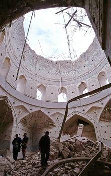 Mecsetbombázás után