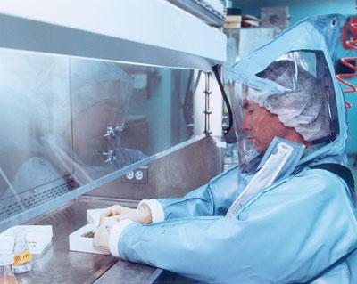 biofegyver előállítás vírusokból, genetikailag módosított betegségekből