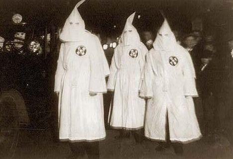 Ku Klux Klan érdekérvényesítés és kizsákmányolás vallási alapon