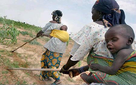 szociális segély Afrikának ami korrupcióhoz és nagyobb szegénységhez vezet