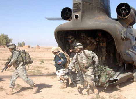 USA kormány a saját népét küldi háborúkba érdekeinek kikényszerítésére