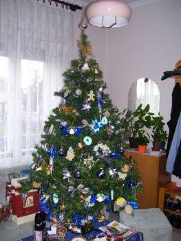 2006 ban díszített karácsonyfa
