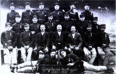 Győrújfalu tűzoltóegyesülete anno 1930