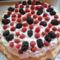 Pavlova torta málnával és szederrel