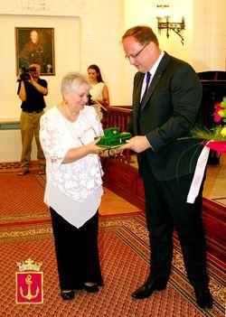"""2011.aug.26-""""Újpestért-díj """" átadás a Városházán"""