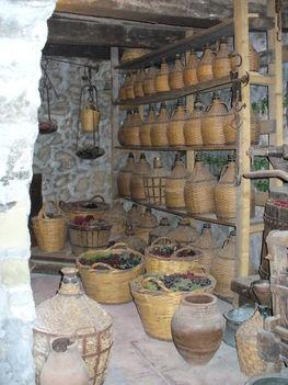 A szőlő feldolgozás és tárolás eszközei