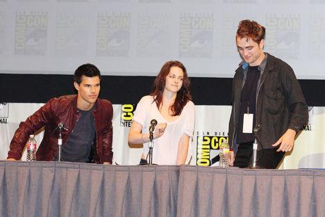 2011 July 21 - Comic Con Press Conference 22