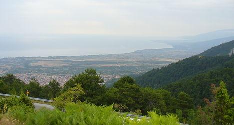 Kilátás az Olymposz-hegyről